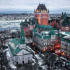 Quebec City, Canada https://www.15heures.com/photos/p/29822/ #LOL