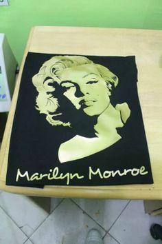 Marilyn Monroe Sample shirt Heat Press, Marilyn Monroe, Shirt Designs, Shirts, Decor, Decoration, Dress Shirts, Decorating, Shirt
