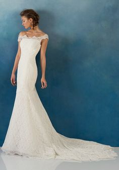Off-the-shoulder wedding dress with embellished lace I Style: Juliet I Alyne by Rita Vinieris I http://knot.ly/6495BFUy1