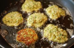 zucchini cakes - like potato pancakes but with a zucchini instead!