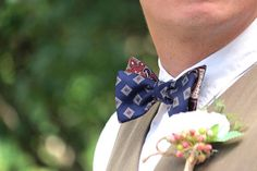 Mens bow tie Navy Champagne bow tie Natural Soft Pure silk