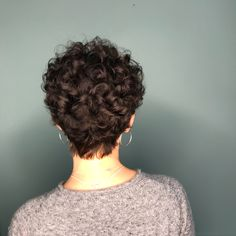 Short Curly Hairstyles For Women, Haircuts For Curly Hair, Curly Hair Cuts, Curly Bob Hairstyles, Curly Hair Styles, Short Haircuts, Celebrity Hairstyles, Wedding Hairstyles, Casual Hairstyles