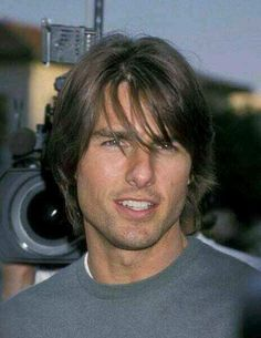 Tom Cruise in Long Hair 11 photos Morably Nicole Kidman, Tom Cruise, Katie Holmes, Simply Hairstyles, Lestat And Louis, Z Cam, Actrices Hollywood, Celebrity Photos, Celebrity Guys