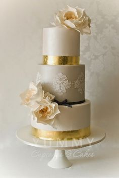 Wedding Trends, Metallic Cakes, this would have been pretty with pink flowers