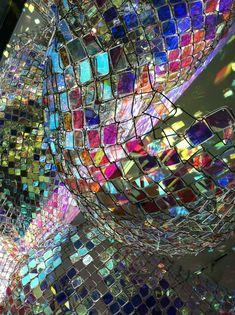 """Capturing Resonance"", Soo Sunny Park, installation, chain link fence and plexiglass http://soosunnypark.4ormat.com/capturing-resonance"