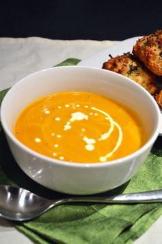 Mrs Ellwood's Simple Life: Carrot and Thyme Soup