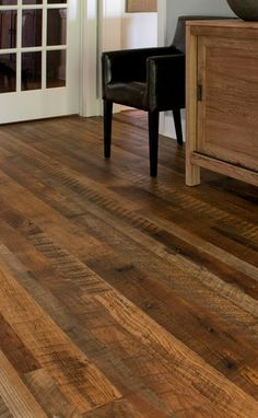 Reclaimed Antique Flooring: Weathered Antique Pine