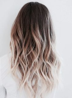 35 Balayage Hair Color Ideas for Brunettes in The French hair coloring tec. - - 35 Balayage Hair Color Ideas for Brunettes in The French hair coloring technique: Balayage. These 35 balayage hair color ideas for brunettes in . Brown To Blonde Ombre Hair, Ombre Brown, Ombré Blond, Red Blonde, Light Blonde, Blonde Color, Color Red, Ombre Hair For Blondes, Blonde Shades