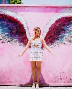 Happiness is like a kiss. You must share it to enjoy it! Barbie, Pink Aesthetic, Angel, Actors, Celebrities, Cute, Photography, Beautiful, Wing Wall
