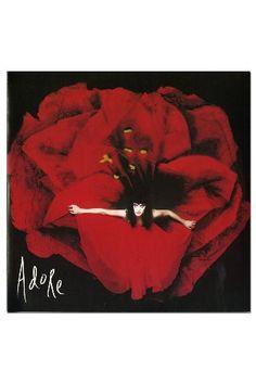 Adore Caroline http://www.amazon.com/dp/B003IKJQ5O/ref=cm_sw_r_pi_dp_8SD0wb1VXE6RS