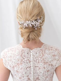 Wedding Hair Accessories Enchanting Silver, Gold or Rose Gold Crystal and Rhinestone Floral Wedding Clip. - Enchanting Silver, Gold or Rose Gold Crystal and Rhinestone Floral Wedding Clip. Floral Wedding Hair, Wedding Hair Pins, Headpiece Wedding, Floral Hair, Bridal Headpieces, Rhinestone Wedding, Wedding Clip, Crystal Wedding, Wedding Updo