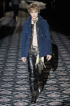 Gucci - Fall 2008 Menswear - Look 12 of 45?url=http://www.style.com/slideshows/fashion-shows/fall-2008-menswear/gucci/collection/12