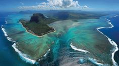 Mauritius is an island just off the coast of Africa, close to Madagascar and Mozambique with stunning beaches and jewel-toned lagoons, but it is also home to one other stunning phenomenon - an underwater waterfall.