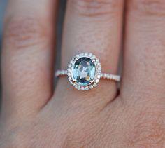 Vert bleu bague saphir. Bague à diamants halo par EidelPrecious