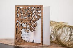 invitación de madera personalizada, rústica boda invitación, suite moderna invitación, invitación de boda de jardín, abra boda, invitación de arpillera