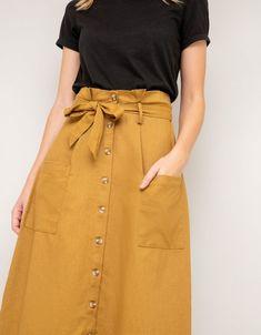 Bouton Midi Skirt - Midi Skirts - Ideas of Midi Skirts- Yellow Skirt Outfits, Jean Skirt Outfits, Midi Skirt Outfit, Casual Skirt Outfits, Pleated Midi Skirt, Dress Skirt, Midi Skirts, Flared Skirt, Denim Skirt