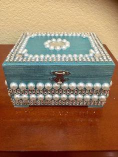 Jewelry box/ jewelry storage /Wedding gift/ Wedding favors/ Bridal shower/ Birthday gift / Mother's Day/ Teacher gift/ - Jewelry box/ jewelry storage /Wedding gift/ Wedding favors/ Cigar Box Projects, Cigar Box Crafts, Wooden Box Crafts, Wooden Boxes, Bridal Shower Favors, Wedding Favors, Wedding Gifts, Mother Birthday Gifts, Mother Gifts