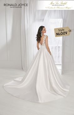 7fed350cc974 Estilo NLOZV TAMARA A soft mikado ball gown with a beaded lace bodice,  flattering wide
