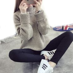 Autumn and Winter 2016 Women Fashion Solid Color Batwing Sleeve Loose Long-sleeved Half-collar Shirt Bottoming Thick Sweater
