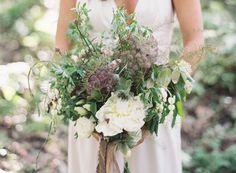 Sincerely, Ginger is a wedding planning and event design company located in  Northern Michigan. Rachel Moger is a wedding planner in Traverse City  dedicated to creating intimate affairs specifically for brides along Lake  Michigan. Weddings and flowers make my heart sing.