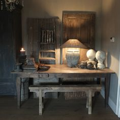 Stoer sober en landelijk wonen on pinterest annie sloan places and interieur - Salontafel dreads ...