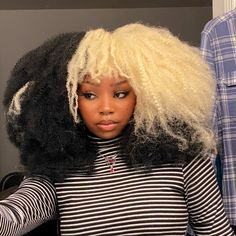 Dyed Curly Hair, Dyed Natural Hair, Pelo Natural, Dye My Hair, Curly Hair Styles, Natural Hair Styles, Black Girls Hairstyles, Pretty Hairstyles, Girls Natural Hairstyles