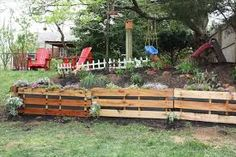 Great ways to use old pallets.