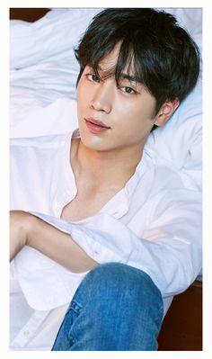 No se quien es pero esta riko :v Handsome Korean Actors, Handsome Asian Men, Handsome Boys, Gong Seung Yeon, Seung Hwan, Seo Kang Jun, Seo Joon, Hot Korean Guys, Korean Men