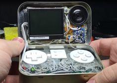MintyPi : Tiny Raspberry Pi Zero Games Console In A Mint Tin (video)