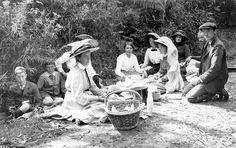 victorian Artists picnic sketch - Google Search