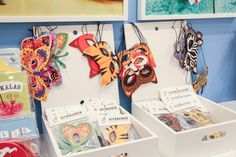 News for this autumn are the savannah masks and butterfly masks! #nordicdesigncollective #formex #formexfair #designfair #stockholmsmassan #fair #nordic #design #ejvor #mask #masks #maskerad #masquerade #party #children #kids #cats #butterfly #colorful #party #parties #kidsparties #paper #animals #savann #dressout #dressup