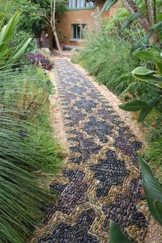 50 Beautiful DIY Garden Path Ideas You Can Create To Complement Your Backyard Pebble Garden, Mosaic Garden, Diy Garden, Dream Garden, Garden Paths, Garden Art, Border Garden, Garden Whimsy, Concrete Garden