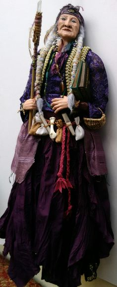 "TAMARA - the "" Hippie Witch"" OOAK Character doll by HELGA PIKAL  ETSY : Helgasartdolls.com Art Dolls, Victorian, Witches, Etsy, Character, Dresses, Fashion, Vestidos, Moda"