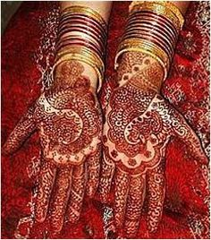 Wedding Mehendi Party - Celebrate your mehndi night in style, with friends and family, music and dance. Arabic Mehndi Designs, Mehndi Patterns, Mehndi Designs For Hands, Bridal Mehndi Designs, Henna Designs, Indian Wedding Mehndi, Wedding Henna, Indian Weddings, Punjabi Wedding