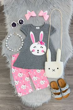 Casual Fall Outfits That Will Make You Look Cool – Fashion, Home decorating Toddler Girl Easter Outfit, Toddler Outfits, Kids Outfits, Toddler Girls, Toddler Clothing Stores, Kids Clothing, Capri Outfits, Tulle Skirt Dress, Pink Damask