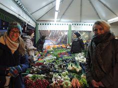 Große Vielfalt an bitteren Winter-Gemüsesorten auf dem Viktualienmarkt - erste Station unserer Weihnachtsfeier 2017, die im Zeichen des kleinen Wermutstropfens stand.