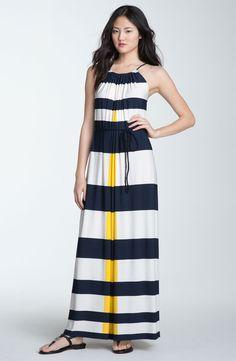 navy blue yellow outfit - Hľadať Googlom