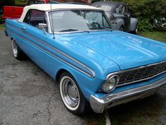 1965 Ford Falcon Sprint Convertible. I <3 this car! The onliest thing that would make it nicer is if it cobalt blue.. OOOHHH