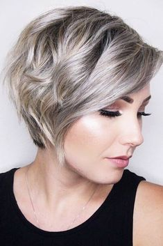 Hairstyles for Wavy Pixie Hair picture3