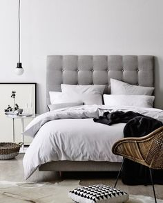 Dreaming of Upholstered Bedheads, Gallerie B