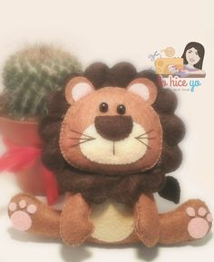 Lo Hice Yo: Felt Lion and Free PDF Pattern