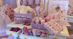 1/12 DOLLHOUSE SCALE.  THREE ROMANTIC BURGUNDY FLORAL & STRIPED STORAGE BOXES.  THESE FLORAL STORAGE BOXES CAN BE USED FOR MANY PURPOSES. I HAVE PERSONALISED USED THEM FOR MY BABY SHOP, BUT IDEAS ARE ENDLESS...  LOVELY STRIPED & FLORAL MAGAZINES FILES HAVE BEEN ALSO DESIGNED TO MATCH THIS FLORAL COLLECTION. PLEASE CLICK BELLOW TO VIEW.  https://www.etsy.com/es/listing/462574678/112.  Please select if you wish the assembled or in Kit form.  Thank you  Syreeta ♥