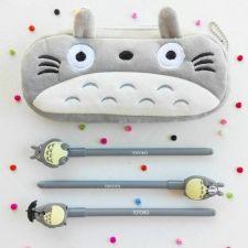 Estuche y bolis Totoro