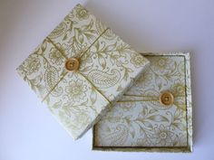 Handmade DVD / CD Case and box, perfect for wedding photography / videography.