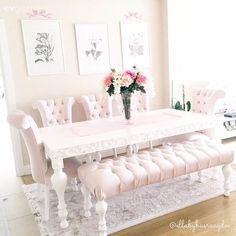 5 Bright Cool Ideas: Shabby Chic Living Room Pillows shabby chic dining to get. Shabby Chic Dining, Shabby Chic Living Room, Shabby Chic Interiors, Shabby Chic Bedrooms, Shabby Chic Kitchen, Shabby Chic Homes, Shabby Chic Furniture, Shabby Chic Decor, Shabby Cottage