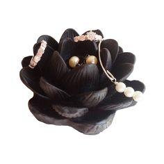 Black Lotus Ring Holder