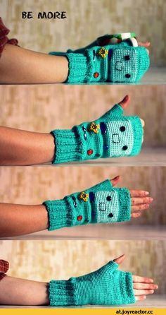 adventure time bmo gloves if you like me get me these - Knitting - Adventure Time Crochet, Cartoon Adventure Time, Adventure Time Crafts, Crochet Gloves Pattern, Knit Crochet, Crochet Hats, Crochet Winter, Loom Knitting, Knitting Patterns