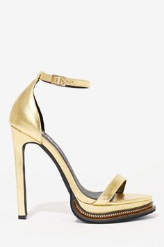 You're going to need some killer gold shoes for all of those holiday parties you're going to this season.