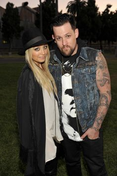 Andrew Garfield, Nicole Richie and Joel Madden watch Meatballs at Hollywood cemetery