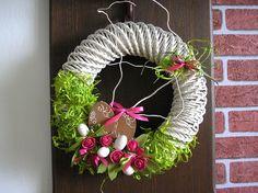 Velikonoce ☼ velikonoční pletení z papíru ☼ velikonoční věnec ☼ pletení z papíru ☼ věneček